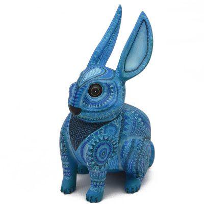 Oaxacan Wood Carving - Raymundo and Catalina Fabian Olivera: Miniature Rabbit