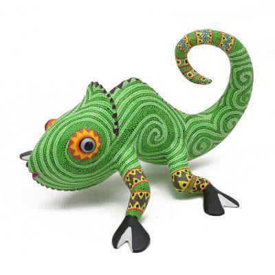 Oaxacan Wood Carving - Bertha Cruz: Chameleon